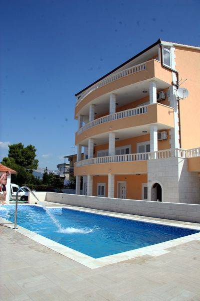 Villa Miljak, Podstrana, Croatia, Croatia hotels and hostels