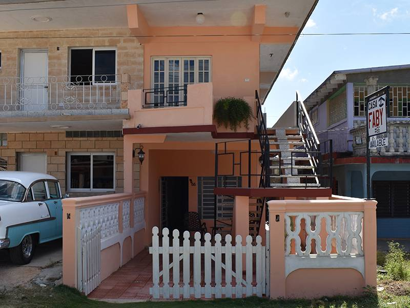 Casa Fabi, Playa Larga, Cuba, compare reviews, hotels, resorts, inns, and find deals on reservations in Playa Larga