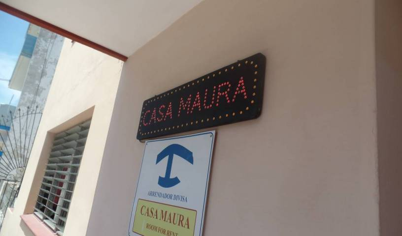 Casa Maura Habana Vieja - Search available rooms for hotel and hostel reservations in La Habana Vieja, cheap hotels 16 photos