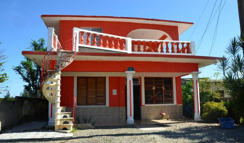 Casa Pelicano Jocaos - Get cheap hostel rates and check availability in Playa Larga 36 photos
