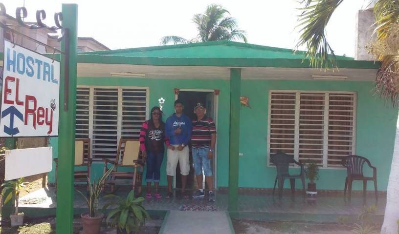 Hostal El Rey - Get cheap hostel rates and check availability in Playa Larga 4 photos