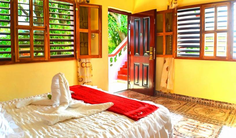 Hostal La Campina - Search available rooms for hotel and hostel reservations in Remedios 18 photos