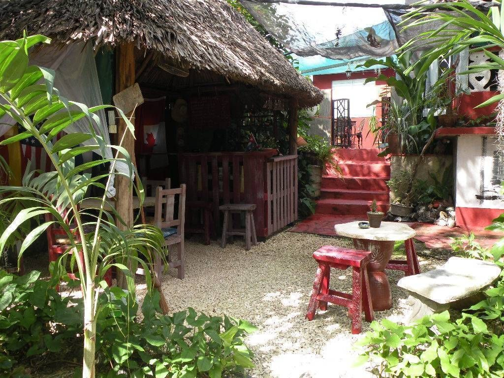 Hostal Azul Rey, Abel Santamaria, Cuba, have a better experience, book with Instant World Booking in Abel Santamaria