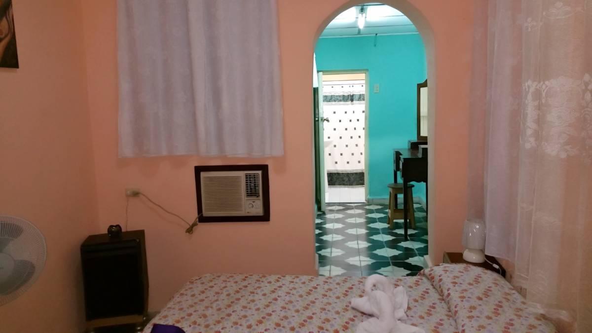 Parque de Jesus Hostal, Sancti Spiritus, Cuba, UPDATED 2019 compare with famous sites for hostel bookings in Sancti Spiritus