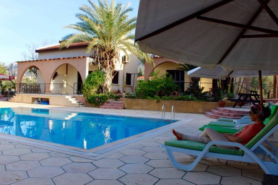 Five Fingers Holiday Bungalows, Ozankoey, Cyprus, we offer the best guarantee for low prices in Ozankoey