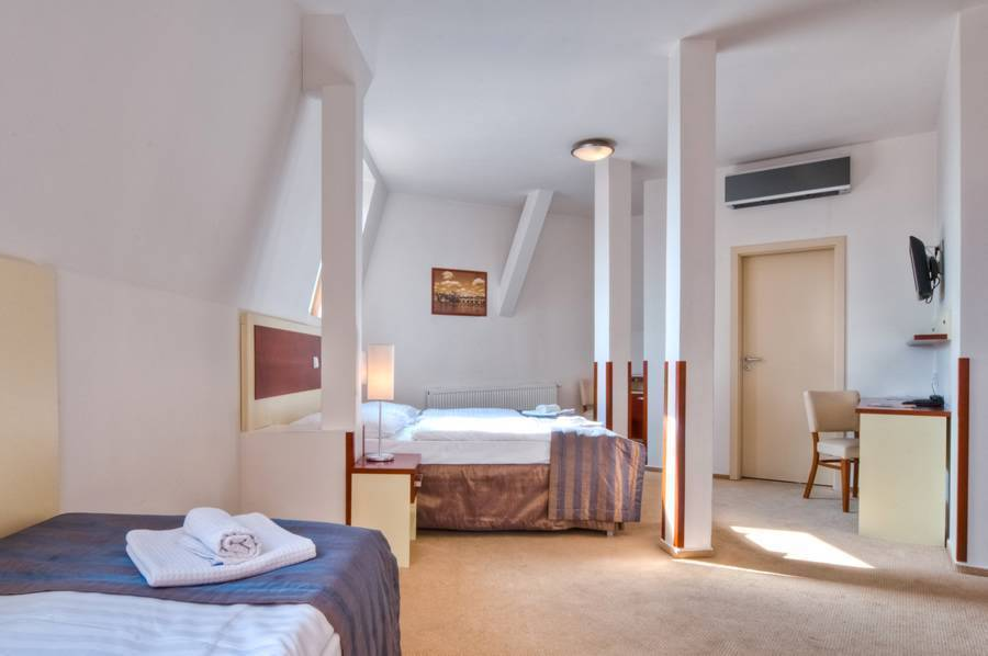 City Partner Hotel Gloria, Prague, Czech Republic, Czech Republic hotels and hostels