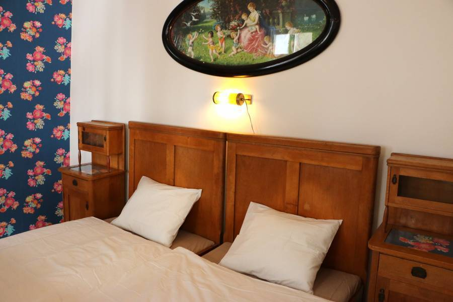 Hostel Boudnik, Prague, Czech Republic, compare prices for hotels, then book with confidence in Prague
