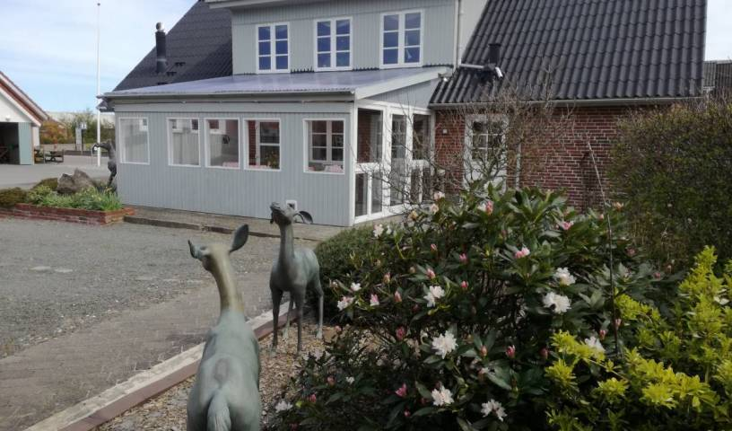 Stauning Harbor Bed and Breakfast - Spa - Search for free rooms and guaranteed low rates in Skjern 14 photos