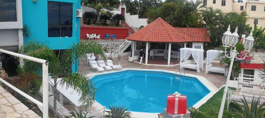 Hotel Abys Nefertiti, La Romana, Dominican Republic, experience living like a local, when staying at a hostel in La Romana