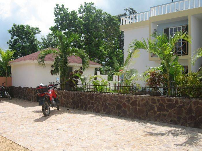 Rincon Paraiso, Samana, Dominican Republic, affordable motels, motor inns, guesthouses, and lodging in Samana