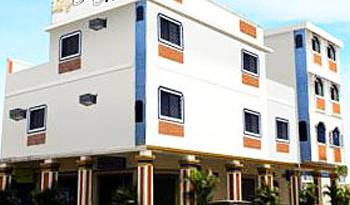 Hostal Suites Madrid - Search available rooms for hotel and hostel reservations in Guayaquil 6 photos