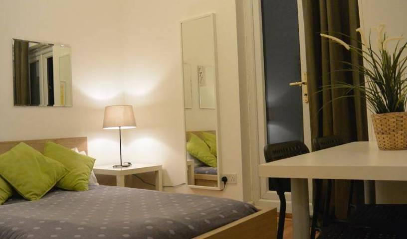 Cambridge Guesthouse - Get low hotel rates and check availability in City of London 9 photos