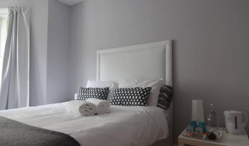 Elephant Guesthouse - Search available rooms and beds for hostel and hotel reservations in City of London 17 photos