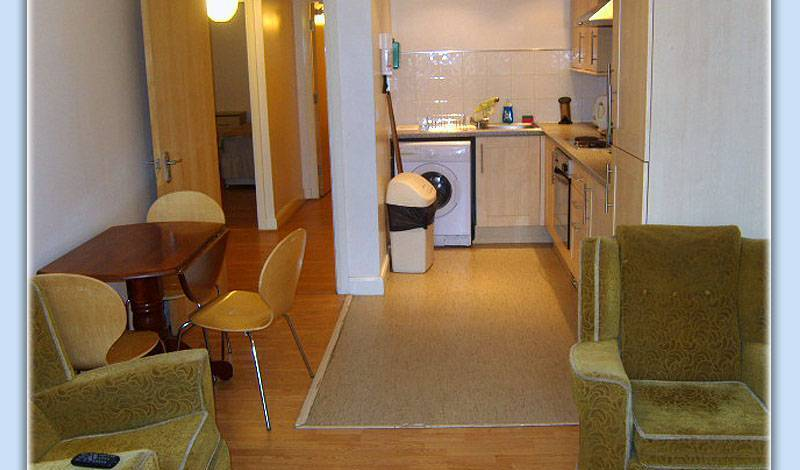 My-Places Serviced Apartments - Get low hotel rates and check availability in Manchester, budget lodging 6 photos