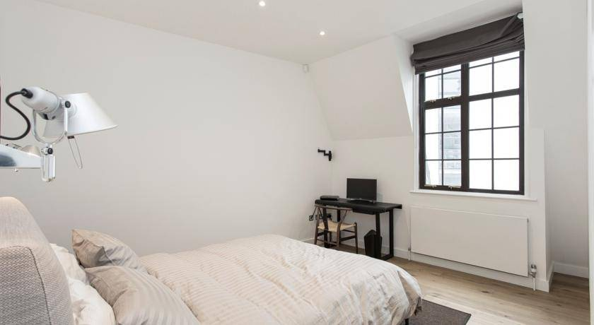 Trafalgar Square Apartment, West End of London, England, England hotels and hostels