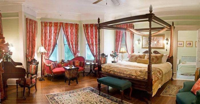 Coombs House Inn, Apalachicola, Florida, plan your trip with Instant World Booking, read reviews and reserve a hotel in Apalachicola
