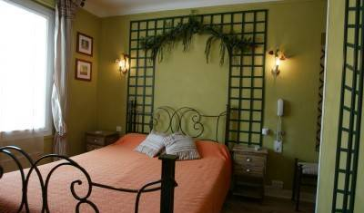 Hotel Les Pasteliers - Get low hotel rates and check availability in Albi 1 photo