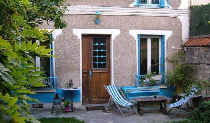 Bed and Breakfast near Paris - Search available rooms for hotel and hostel reservations in Paris 12 photos