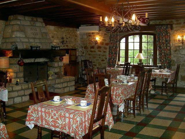 Hostellerie Du Vieux Moulin, Autun, France, hotels with ocean view rooms in Autun