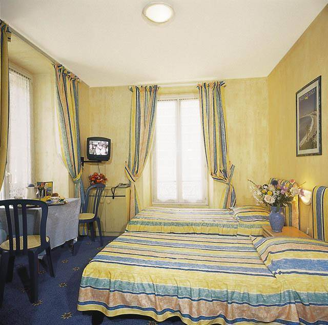 Hostel Meyerbeer Beach, Nice, France, Destinazioni e ostelli popolari in Nice