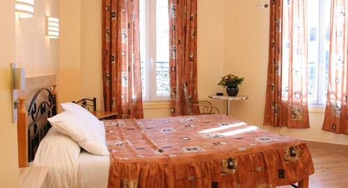 Hotel Des Arts Bastille, Paris, France, safest countries to visit, safe and clean hotels in Paris