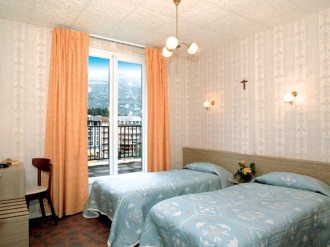 Hotel Des Rosiers, Lourdes, France, how to find affordable travel deals and hotels in Lourdes