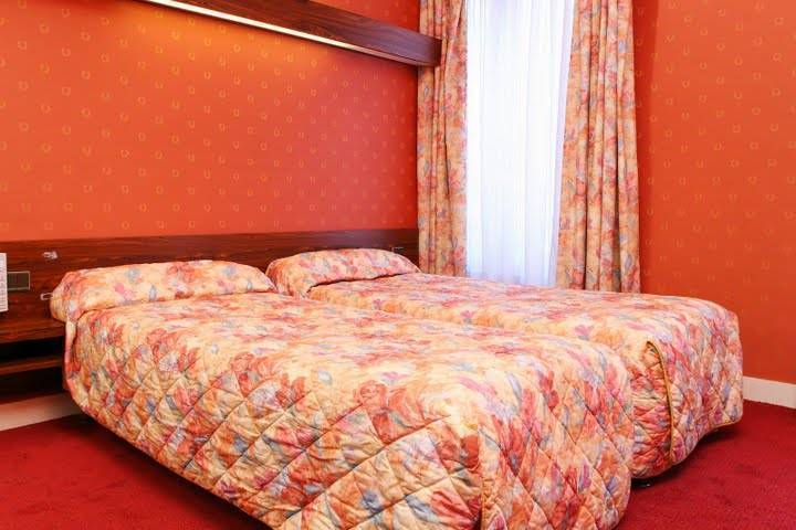 Hotel Home Latin, Paris, France, discount hotels in Paris