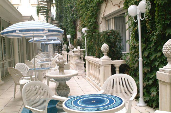 Hotel Jeanne d'Arc, Lourdes, France, France hotels and hostels