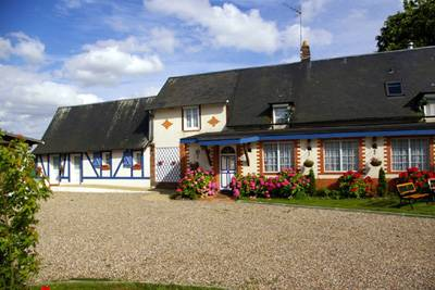 Le Chat Chocolat B and B, Forges-les-Eaux, France, France hotels and hostels