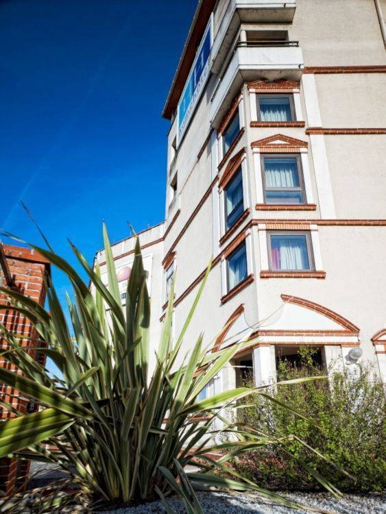 Nouvel Horizon, Toulouse, France, gay friendly hotels, hostels and B&Bs in Toulouse