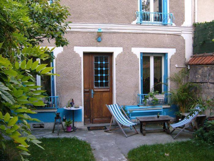 Bed and Breakfast near Paris, Paris, France, France الفنادق و النزل