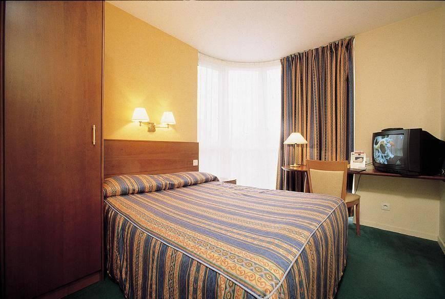 Pavillon Bercy Gare De Lyon, Paris, France, France hotels and hostels