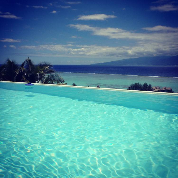 Villa Bella Vista, Temae, French Polynesia, we guarantee the lowest price for your hotel in Temae