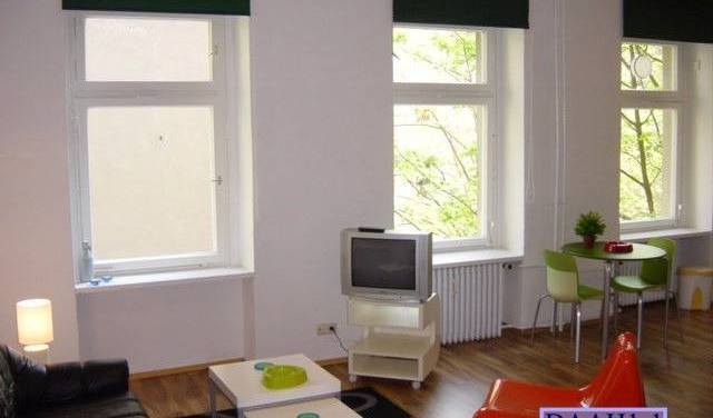 Goltz 21 - Search available rooms for hotel and hostel reservations in Berlin, cheap hotels 7 photos