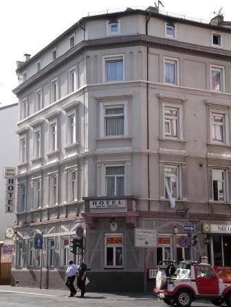 Best Hotels Near Frankfurt Train Station