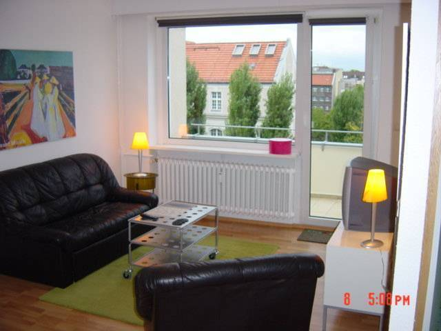 Pfaltburger 38, Berlin, Germany, find cheap hotels and rooms at Instant World Booking in Berlin