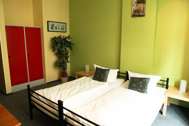 Singer109 Hostel Und Apartment, Berlin, Germany, low cost lodging in Berlin