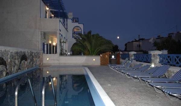 Villa Aretousa, explore everything from luxury hotels to sprawling inns in Kamari, Greece 6 photos