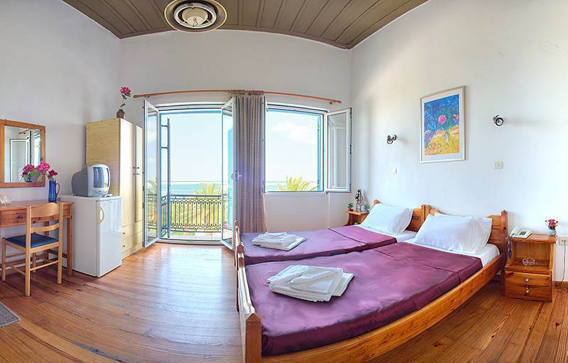 Rent Rooms The Sea-Front, Rethymnon, Greece, Greece hotels and hostels