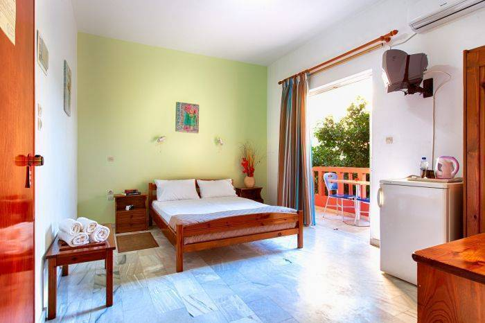 Revekka Rooms, Kissamos, Greece, hotels with a good reputation for cleanliness in Kissamos