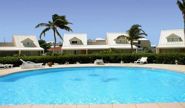 Nettle Bay Beach Club Residence, first-rate vacations 8 photos