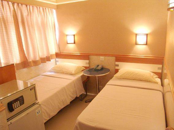 Rent-a-Room Hong Kong, Tsim Sha Tsui, Hong Kong, hotels with handicap rooms and access for disabilities in Tsim Sha Tsui