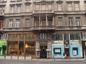 Elizabeth Bridge Hostel, Budapest, Hungary, gay friendly hotels, hostels and B&Bs in Budapest
