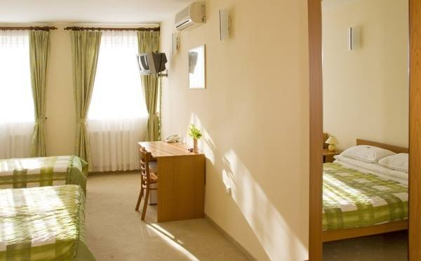 Hotel Ferihegy, Budapest, Hungary, Hungary hotels and hostels