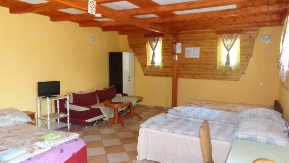 Katica Vendeghaz Aggtelek, Aggtelek, Hungary, hostels near vineyards and wine destinations in Aggtelek