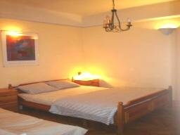Studio Hostel, Budapest, Hungary, hotels and rooms with views in Budapest