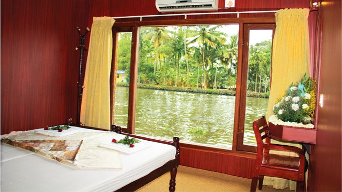 Cosy Houseboats, Alleppey, India, coolest hotels and hostels in Alleppey