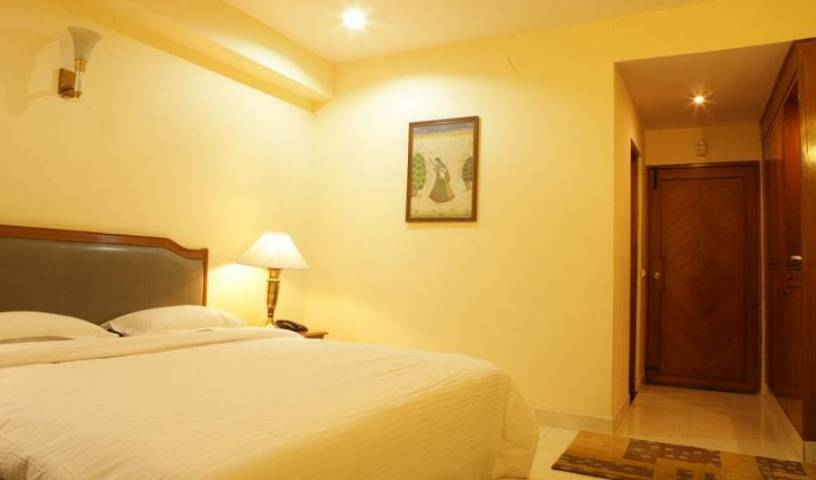 Angel Residency - Get low hotel rates and check availability in Noida, Uttar Pradesh, holiday reservations 3 photos