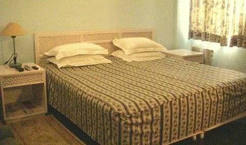 Delhi Central BnB - Search available rooms for hotel and hostel reservations in New Delhi 2 photos
