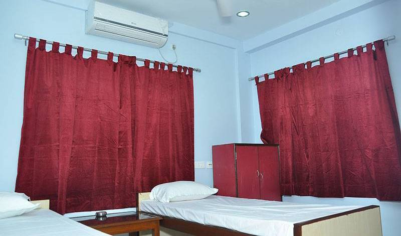 Himalaya Inn Service Apartment - Get low hotel rates and check availability in Kolkata 5 photos